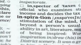 De definitie van het inspiratiewoord in Engels woordenboek, capaciteit om kunstwerk te creëren stock video