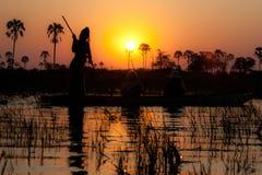 De Delta van Okavango bij zonsondergang, Botswana. Stock Afbeeldingen