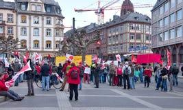 De demonstratie in Lissabon Stock Afbeeldingen