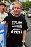 De Demonstratie van vaders` Rechten in Keulen Stock Foto