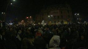 De demonstraties van Boekarest November 2015 stock footage