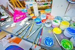 De Desktop van de verfkunstenaar royalty-vrije stock afbeeldingen