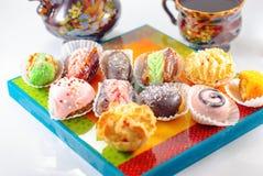 De desserts van het Middenoosten Arabische snoepjes Henna en Mimouna Cookies stock foto