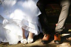 De details van het huwelijksschoeisel Royalty-vrije Stock Afbeeldingen