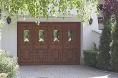 De deur van de garage royalty-vrije stock afbeeldingen