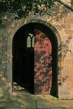 De Deur van de kerk Stock Afbeeldingen