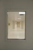 De deur van het ziekenhuis Stock Foto's