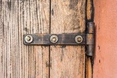 De deur van ijzerdeurhengsels royalty-vrije stock foto