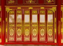 De deuren sneden Chinese Wat-tempel royalty-vrije stock afbeelding