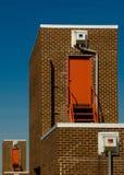 De deuren van de brandtrap bij de bouw Stock Afbeeldingen
