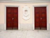 De deuren van de kerk Stock Foto