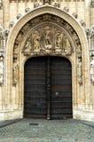 De deuren van de kerk Stock Afbeeldingen