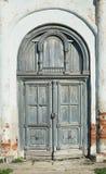 De deuren van een oude verlaten kerk Suzdal, Vladimir-gebied, Rusland royalty-vrije stock foto's