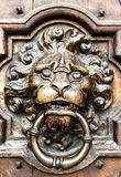 De deurkloppers van de leeuw Stock Afbeeldingen
