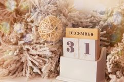 31 de dezembro calendário com decorações Fotografia de Stock Royalty Free