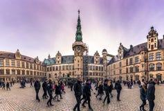 3 de dezembro de 2016: Fachadas do pátio interno de Kronborg Ca Fotografia de Stock Royalty Free