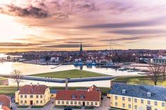 3 de dezembro de 2016: Por do sol em Helsingor, Dinamarca Imagem de Stock