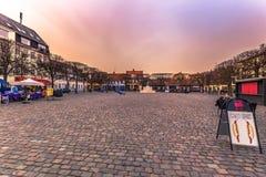 3 de dezembro de 2016: Praça da cidade de Helsingor, Dinamarca Fotografia de Stock Royalty Free