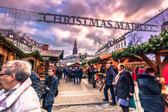 5 de diciembre de 2016: Entrada al mercado de la Navidad en C central Imagenes de archivo