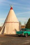 21 de diciembre de 2014 - hotel de la tienda india, Holbrook, AZ, los E.E.U.U.: hote de la tienda de los indios norteamericanos Foto de archivo libre de regalías