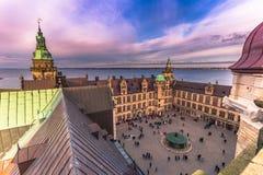3 de diciembre de 2016: Patio del castillo de Kronborg, Dinamarca Imágenes de archivo libres de regalías