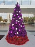 15 de diciembre de 2016 Subang Jaya Deco de la Navidad en el centro comercial de los hombres de DA Imagen de archivo libre de regalías