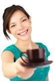 De dienende koffie van de vrouw Royalty-vrije Stock Foto's