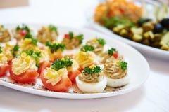 De dienst van het cateringsvoedsel stock afbeelding