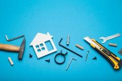 De dienst van de huisreparatie, de abstracte hardwarebouw Bouw creatief concept stock foto's
