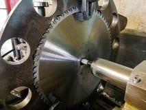 De diensten voor cirkel gebruikte zaagbladen voor de houtbewerkingsindustrie royalty-vrije stock foto's