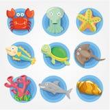 De dierlijke geplaatste pictogrammen van het Aquarium van het beeldverhaal, vissenpictogrammen Stock Afbeelding