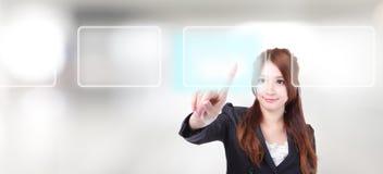 De digitale interface van de bedrijfsvrouwenaanraking Stock Afbeeldingen