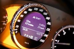 De digitale vertoning van de snelheidsmeter Stock Afbeelding