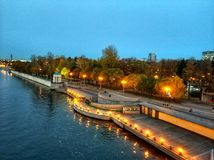 De dijk van de rivier van Moskou Stock Fotografie