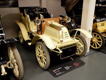 DE Dion & Bouton-mod. 8HP in Museo dell'Automobile Nazionale Royalty-vrije Stock Afbeelding