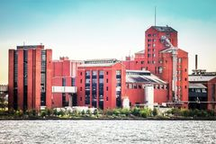 De de distilleerderijbouw van Hiram Walker en van Zonen in Windsor, Ontario, Canada Royalty-vrije Stock Afbeelding