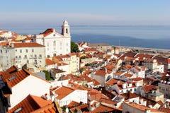 De distric Tagus rivier van panoramaalfama, Lissabon Stock Afbeeldingen