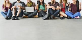 De diverse Technologie Concep van de Groeps Mensen Communautaire Samenhorigheid Stock Foto