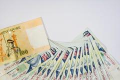 De Dollar van Singapore, Bankbiljet Singapore op Witte achtergrond isoleert Stock Afbeeldingen