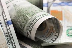 De dollars liggen chaotically - Beeld stock fotografie
