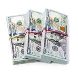 De dollars van Verenigde Staten, broodje van honderd USD-bankbiljetten met groen rubber op witte achtergrond Selectieve nadruk Stock Fotografie