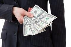 De dollarsclose-up van de onderneemsterholding Royalty-vrije Stock Afbeelding