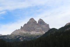 De Dolomiti fjällängarna Arkivfoto