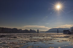 De Donau bij wintertijd in Boedapest Royalty-vrije Stock Fotografie