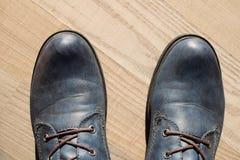 De donkerblauwe laarzen van de leervrouw ` s Stock Afbeelding