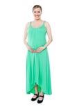 De donkerbruine zwangere vrouw kleedde zich als prinses Royalty-vrije Stock Afbeelding