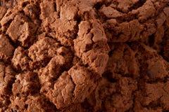 De donkere achtergrond van chocoladekoekjes Royalty-vrije Stock Afbeelding