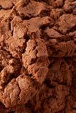 De donkere achtergrond van chocoladekoekjes Royalty-vrije Stock Fotografie