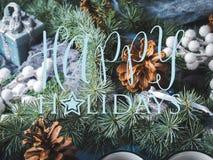 De donkere achtergrond van de Kerstmiswinter met decor Royalty-vrije Stock Afbeeldingen