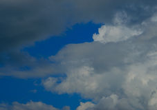 De donkere Achtergrond van Wolken Stock Foto